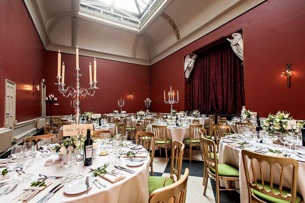 dining room at hampton court house wedding venue