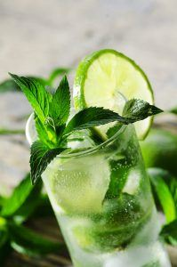 Summer Cocktails to Enjoy this Weekend in the Sunshine | Create Food | Mojito